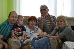Tata, Antoś, pani Krysia, ja, pan Juras i Mama
