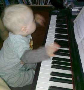 Gram na pianinie ;)