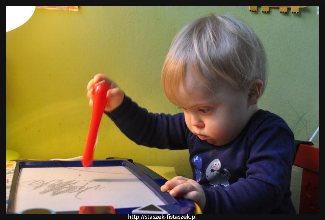 Rysowanie po tablicy magnetycznej