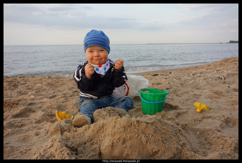 Hurrra! Jest plaża, piasek, woda, a nawet słońce :)